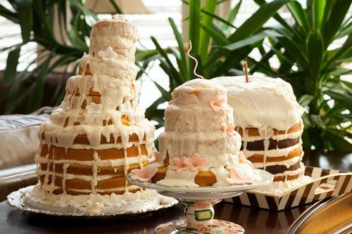 Wedding cake need to crop Chad